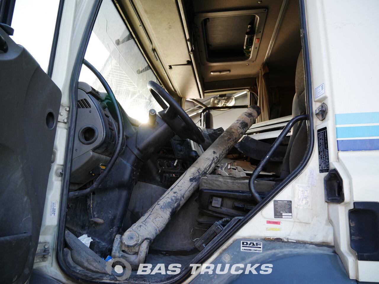 снимка на употребяван Влекачи DAF CF85.460 Unfall 4X2 2009