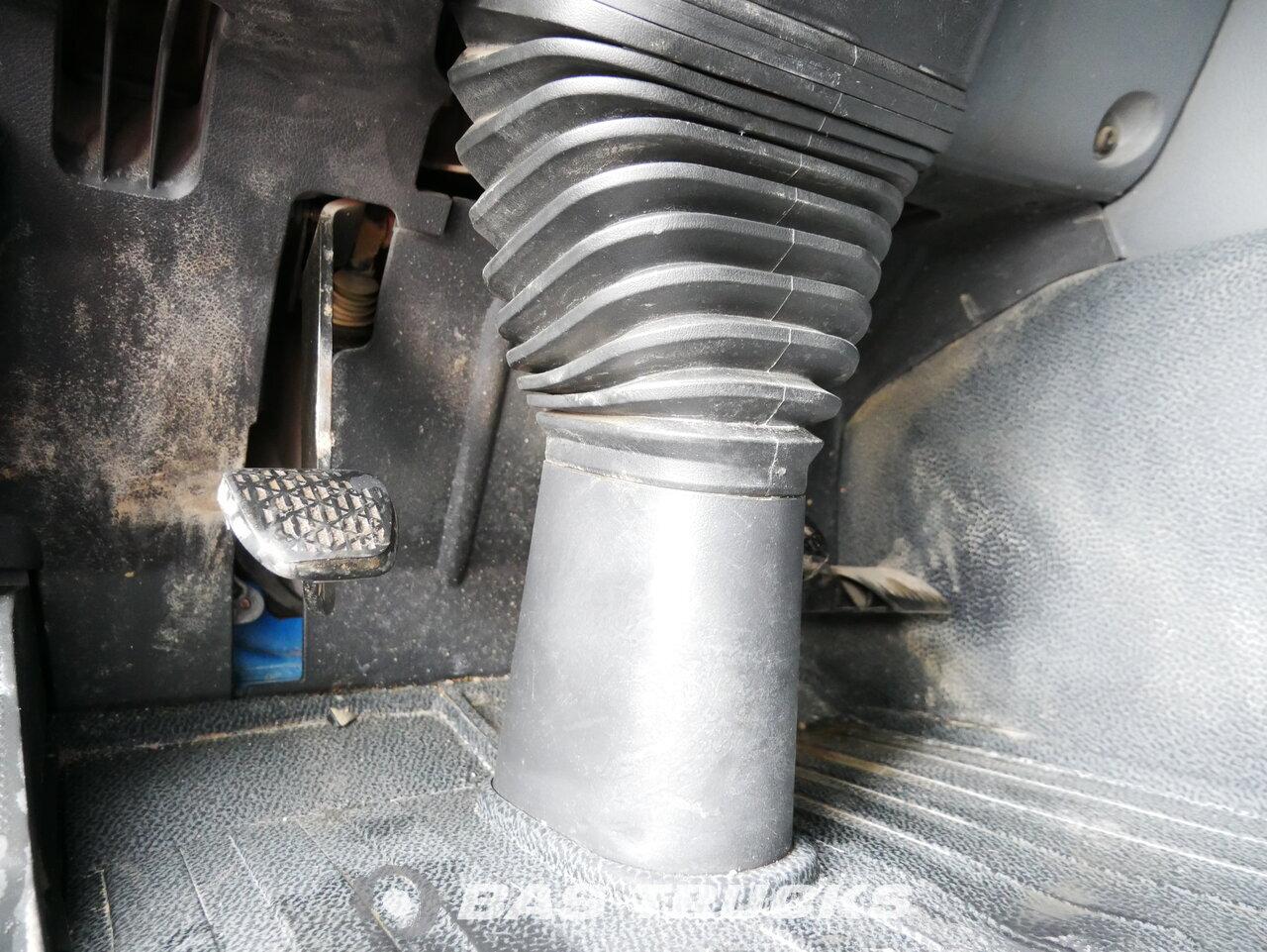 снимка на употребяван Влекачи Mercedes Actros 2648 S 6X4 2010