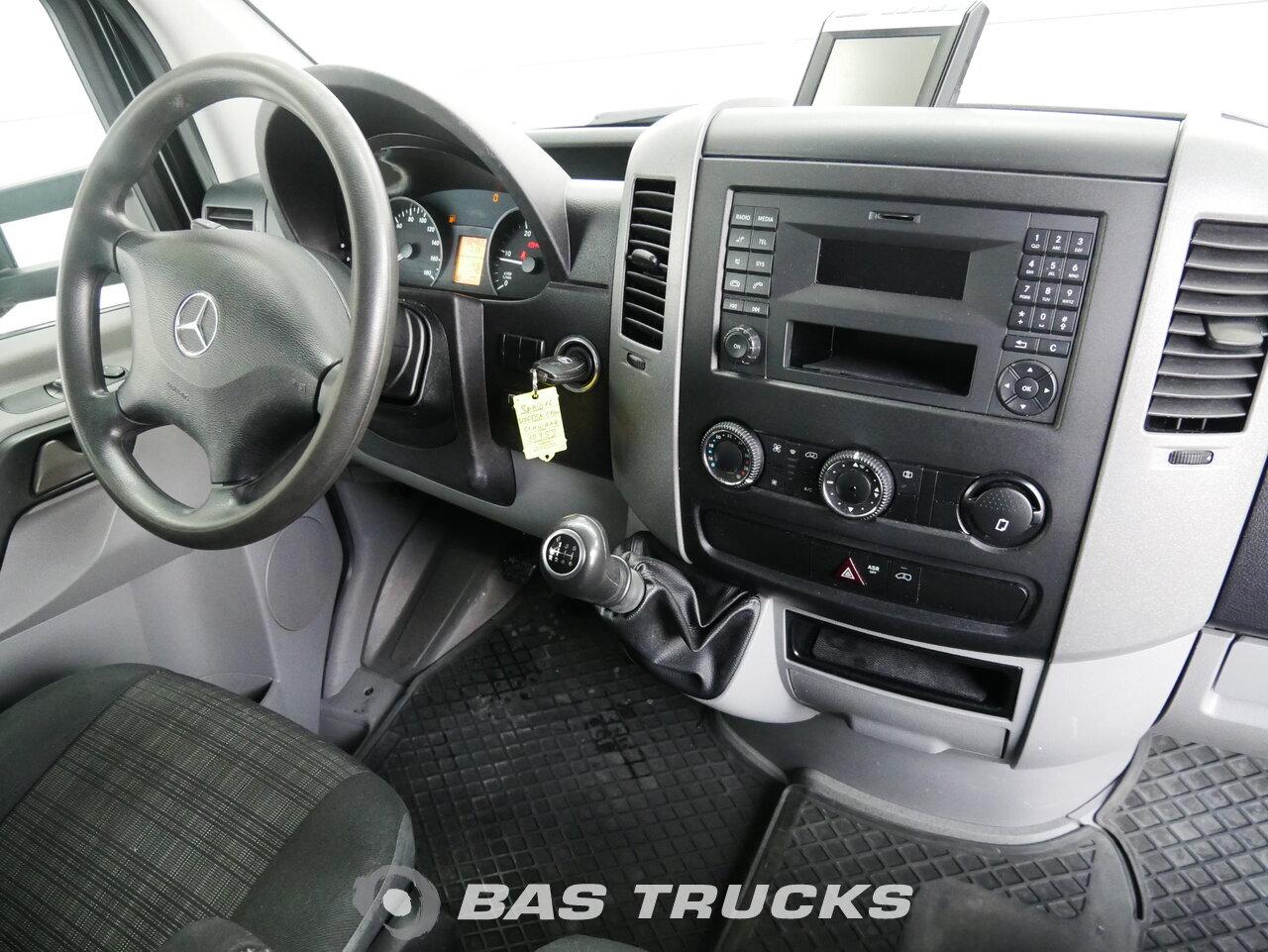 снимка на употребяван минибус Mercedes Sprinter 2013