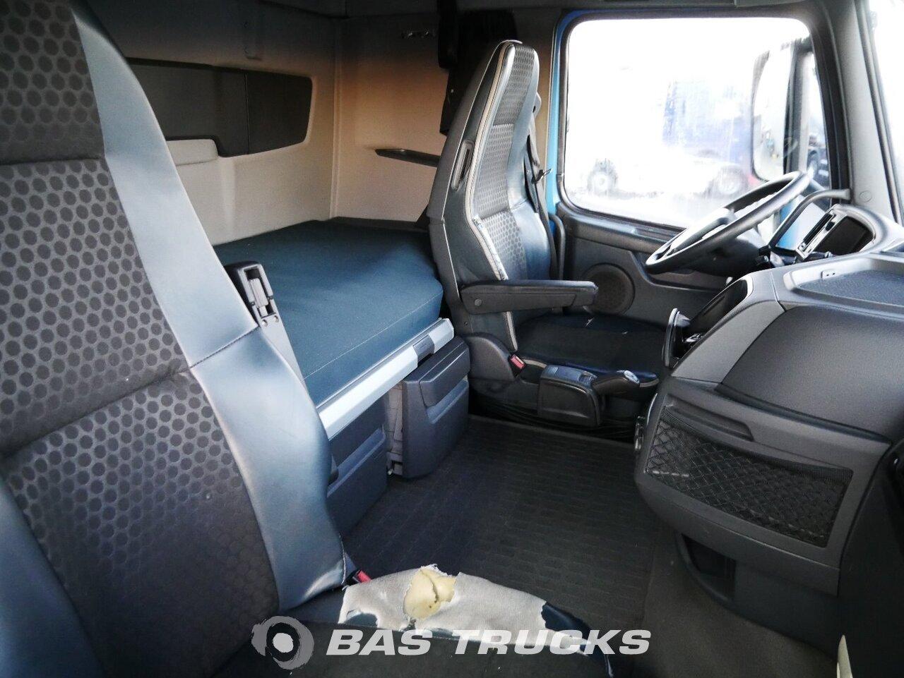 снимка на употребяван Влекачи Volvo FH 420 4X2 2013