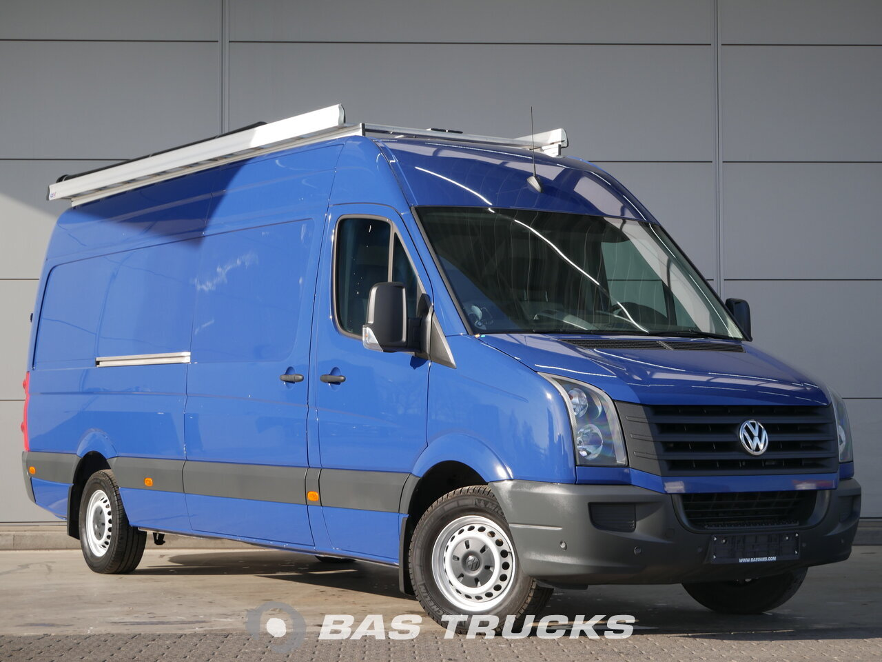 volkswagen crafter light commercial vehicle bas trucks. Black Bedroom Furniture Sets. Home Design Ideas