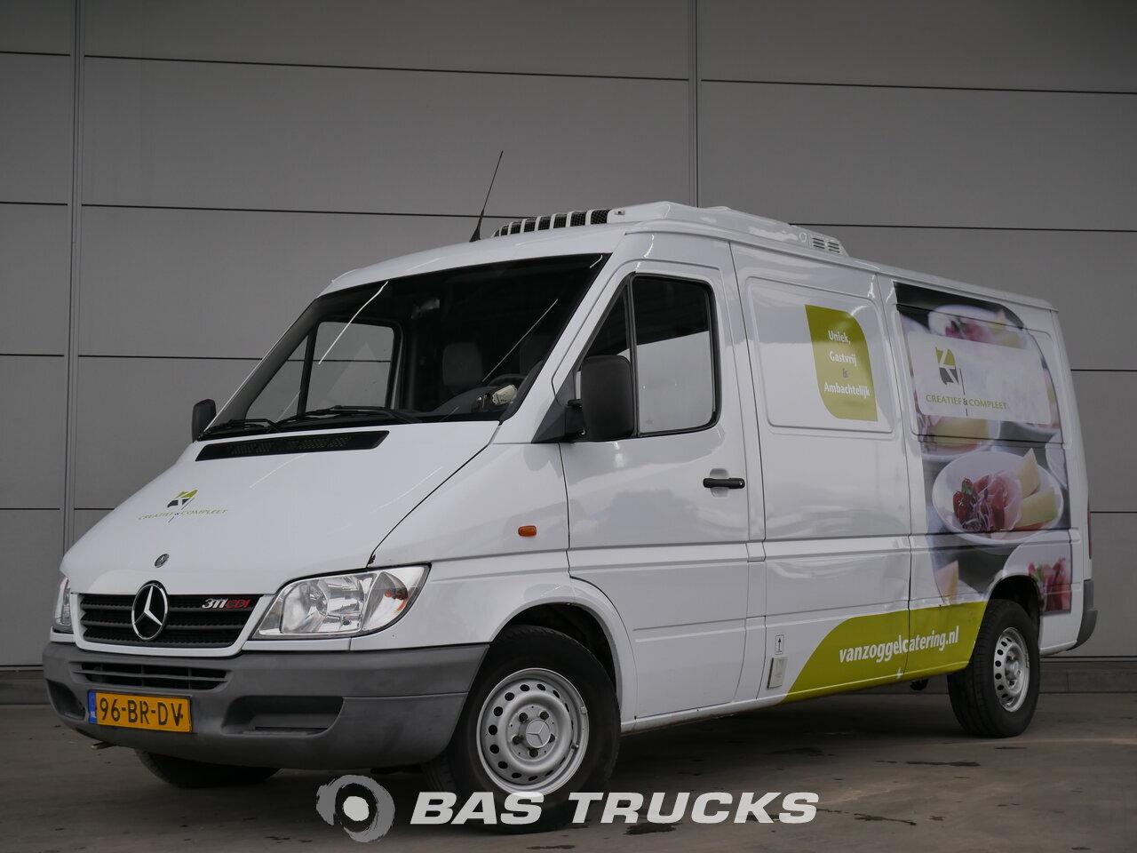 mercedes sprinter leichte nutzfahrzeuge 4400 bas trucks. Black Bedroom Furniture Sets. Home Design Ideas