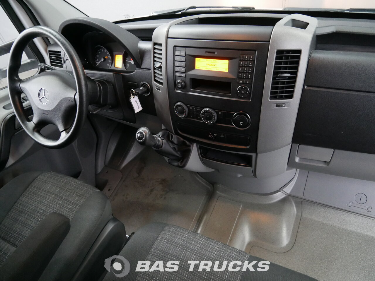 mercedes sprinter 513 leichte nutzfahrzeuge 19900 bas trucks. Black Bedroom Furniture Sets. Home Design Ideas