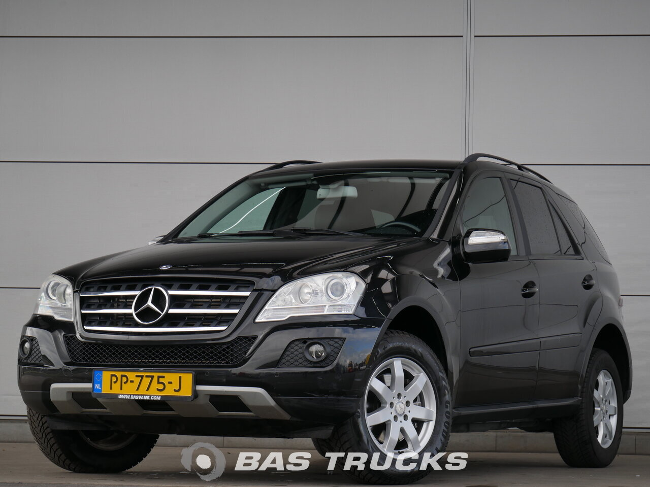 mercedes ml 280 cdi 4matic pkw 9500 bas trucks. Black Bedroom Furniture Sets. Home Design Ideas