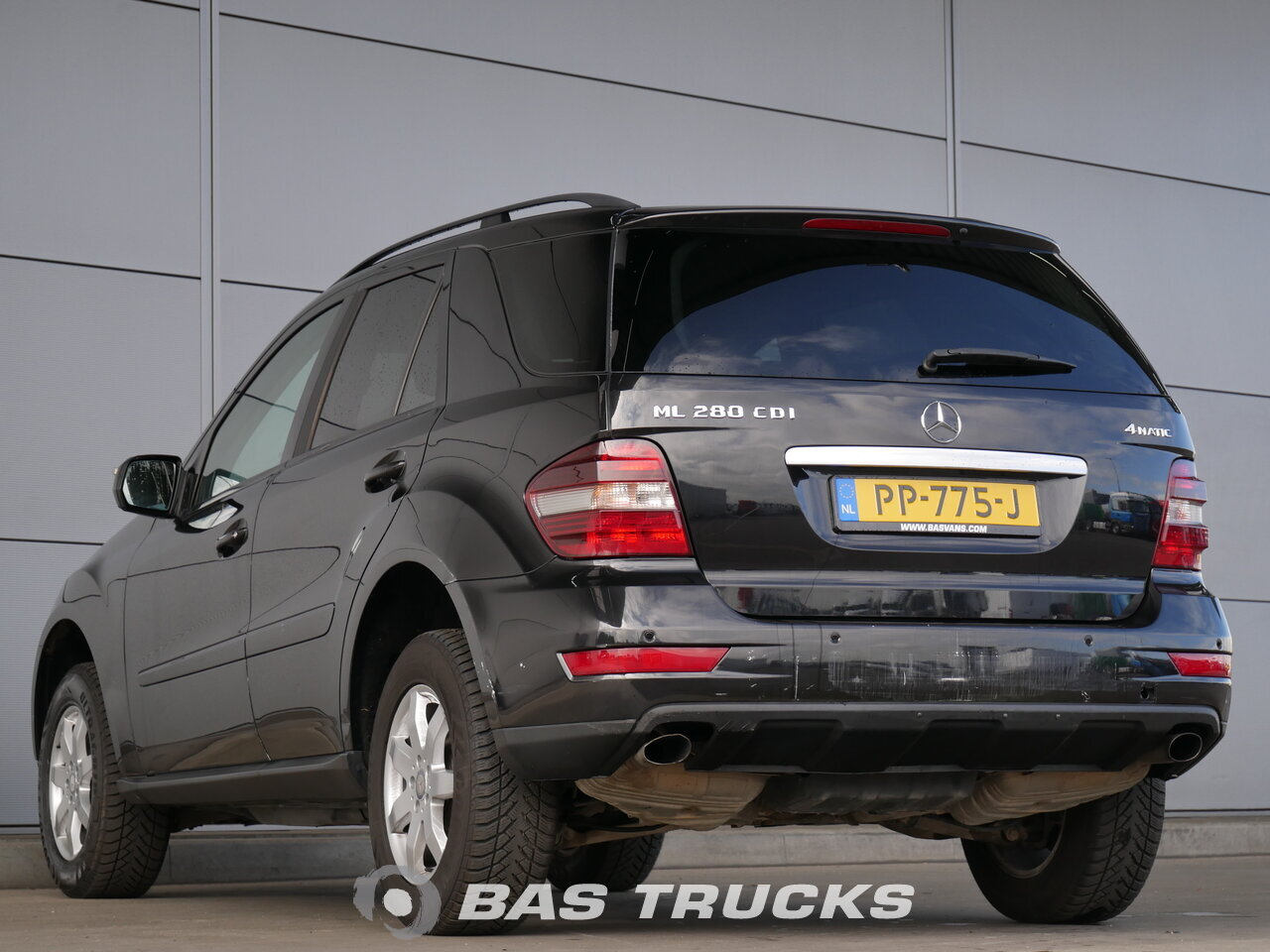 mercedes ml 280 cdi 4matic pkw euro 0 13600 bas trucks. Black Bedroom Furniture Sets. Home Design Ideas