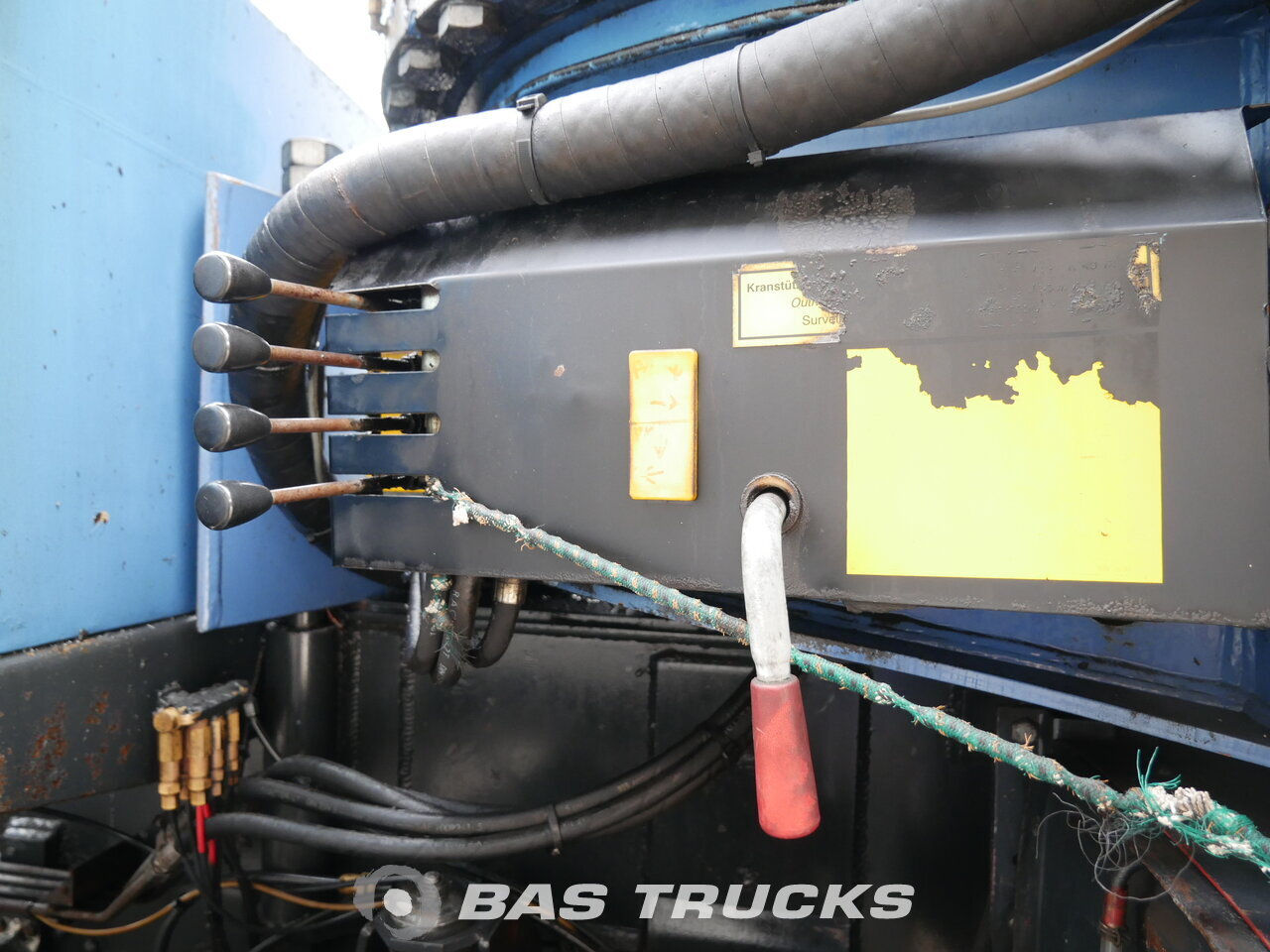 Foto van Gebruikt Bakwagen Scania R144G 460 8X4 1999