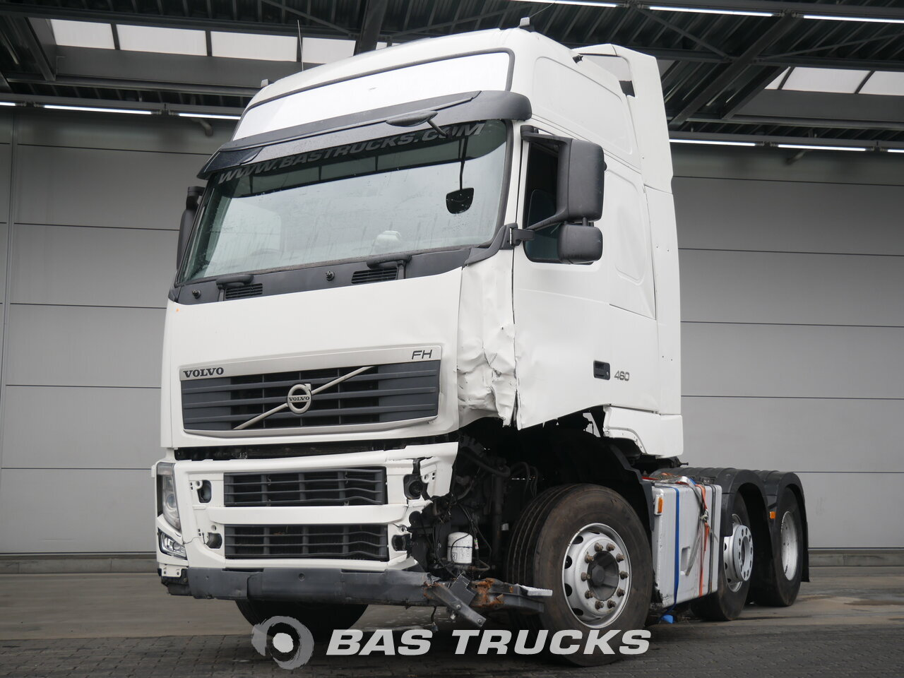 volvo fh 460 xl unfall fahrbereit trekker bas trucks. Black Bedroom Furniture Sets. Home Design Ideas
