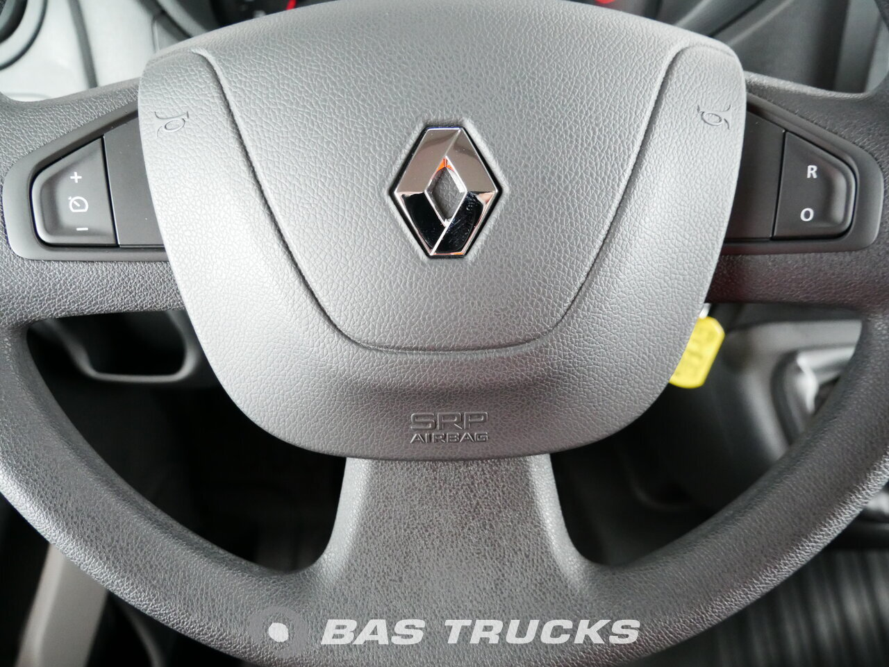 Renault Master Light Commercial Vehicle 21400 Bas Trucks Saturn Vue Photo Of New