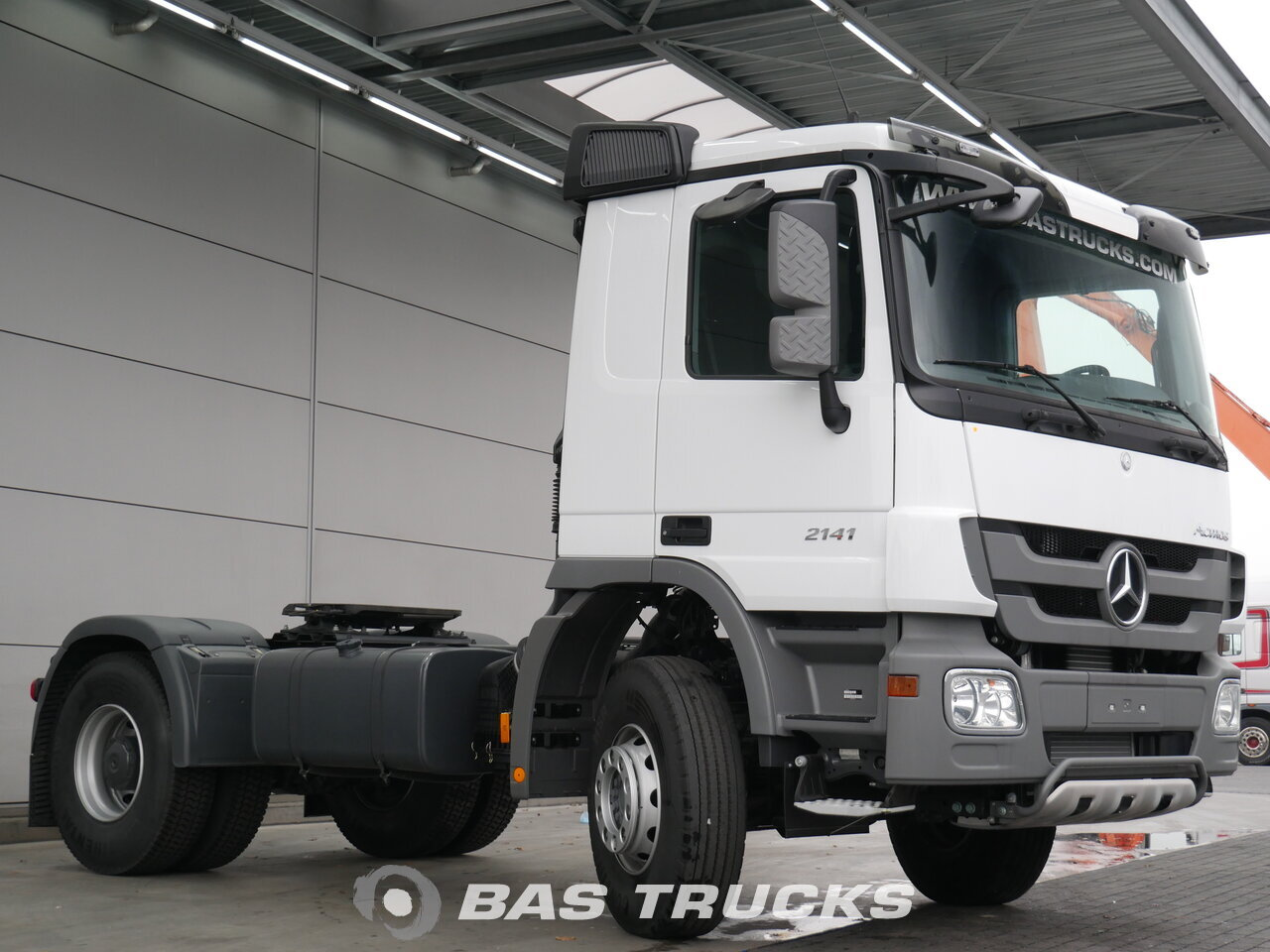 photo of New Tractorhead Mercedes Actros 2141 K 4X2