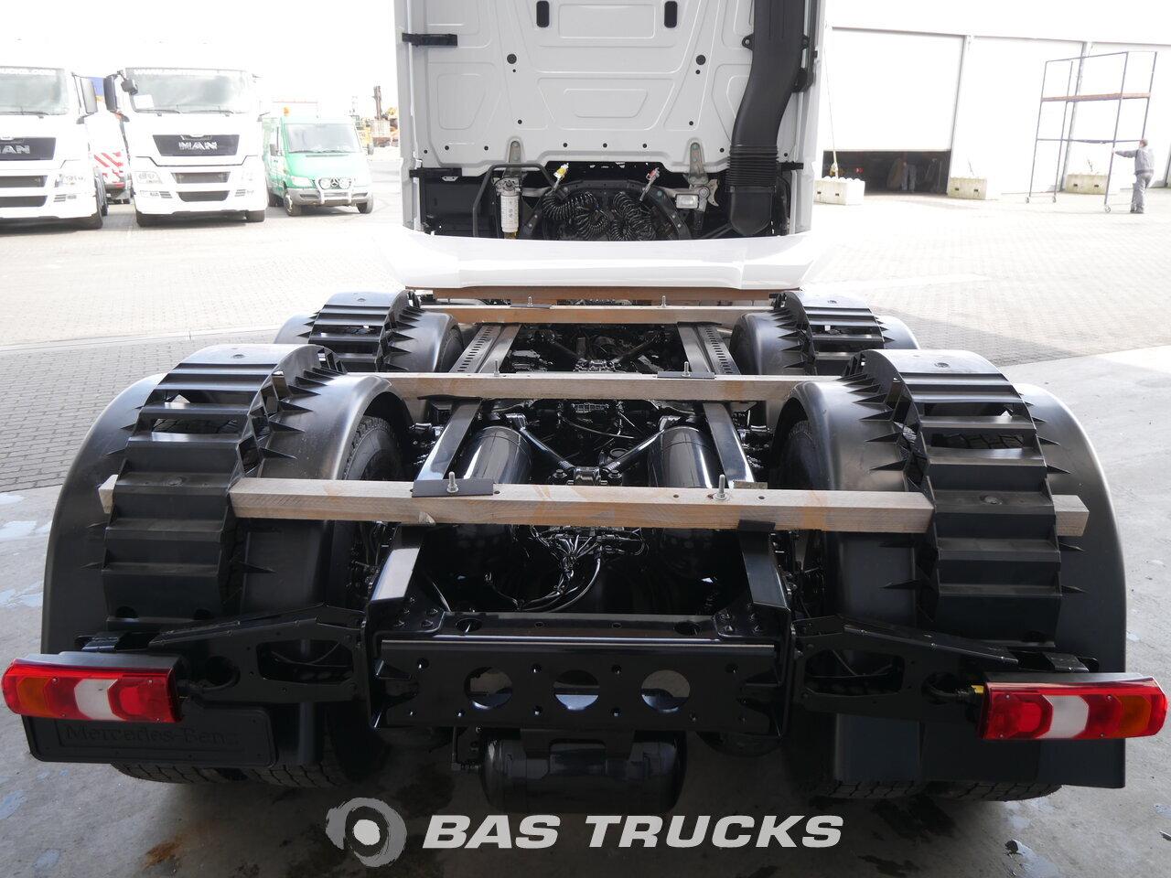 photo of New Tractorhead Mercedes Actros 2658 LS Unfall Fahrbahr RHD 6X4