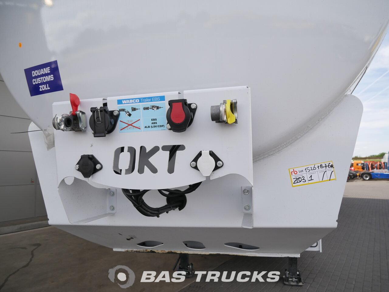 photo de Nouveau Semi-remorques OKT Trailer 40.000 Ltr / 6 / Liftachse ADR OKTH 3 Essieux