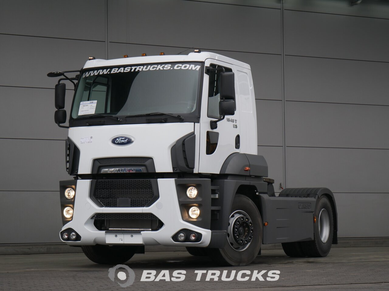 photo de Nouveau Tracteur Ford Cargo 1848 T 4X2