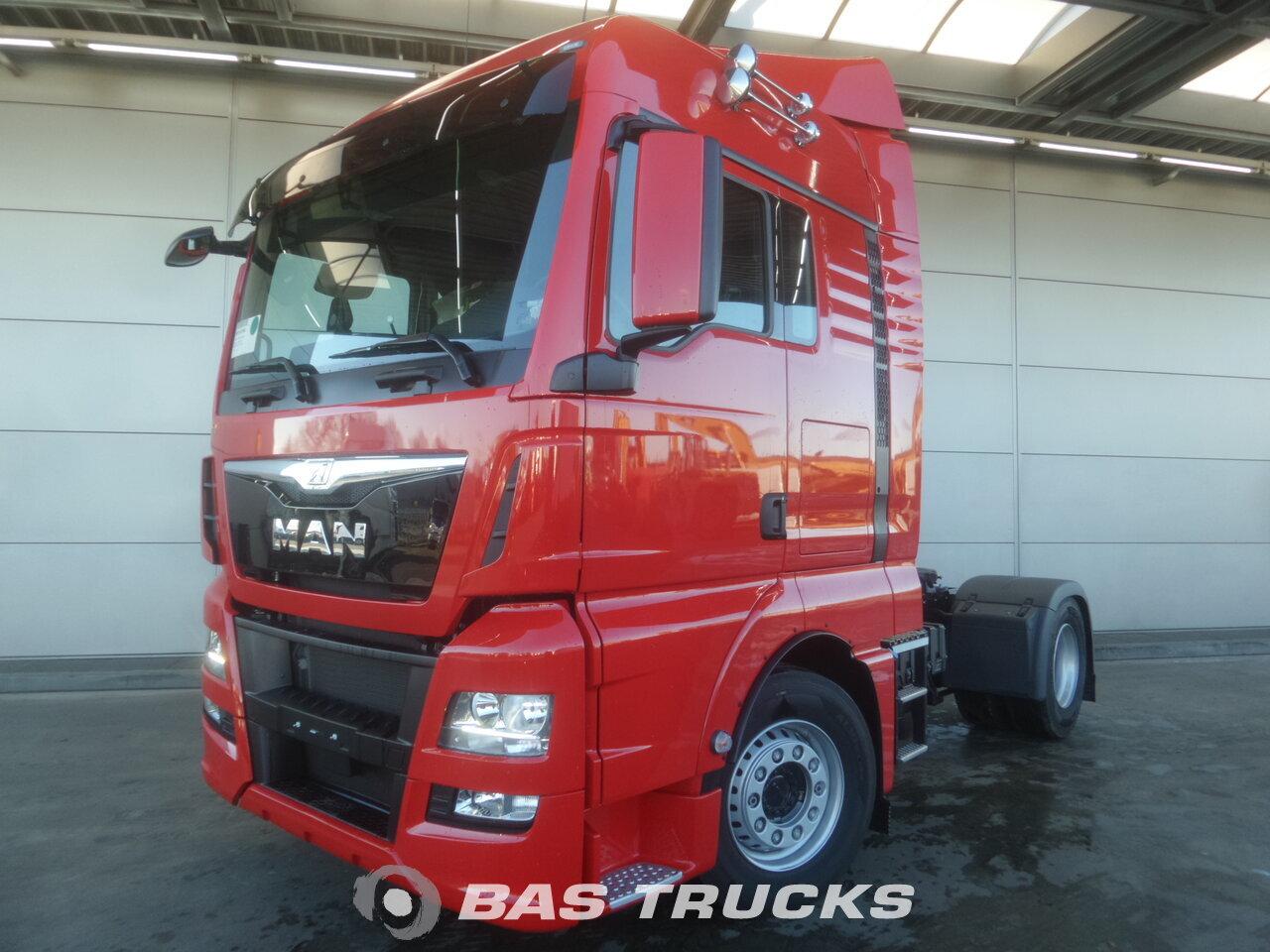 photo de Nouveau Tracteur MAN TGX 18.480 XLX 4X2