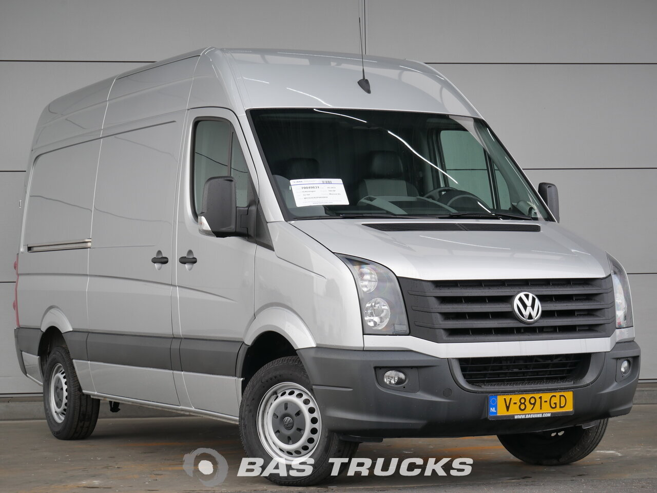 volkswagen crafter lcv 14900 bas trucks. Black Bedroom Furniture Sets. Home Design Ideas