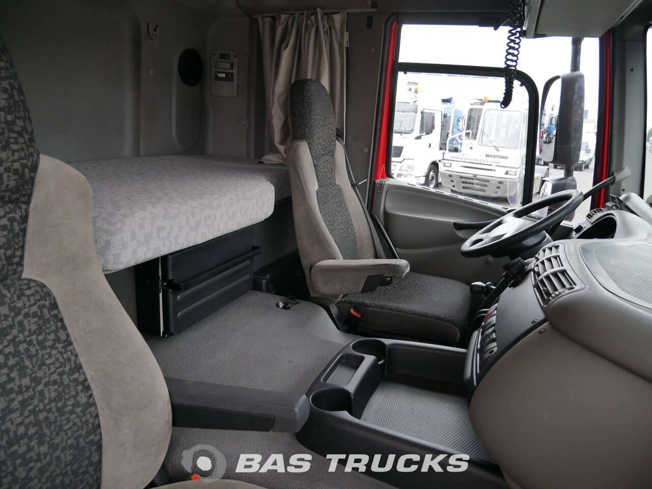 photo de Occasion Camion + Remorque DAF CF85.410 4X2 2009