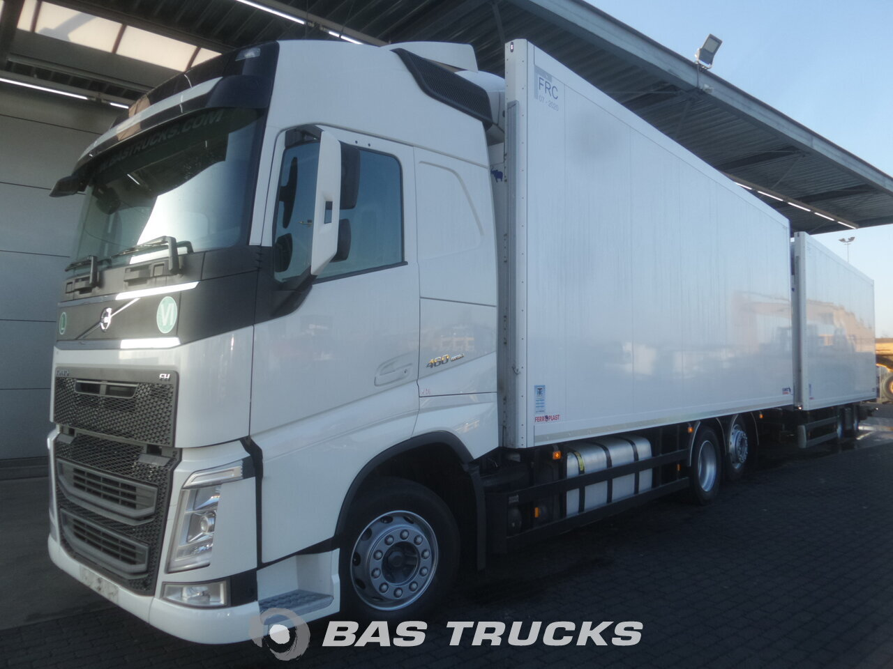 photo de Occasion Camion + Remorque Volvo FH 460 6X2 2014