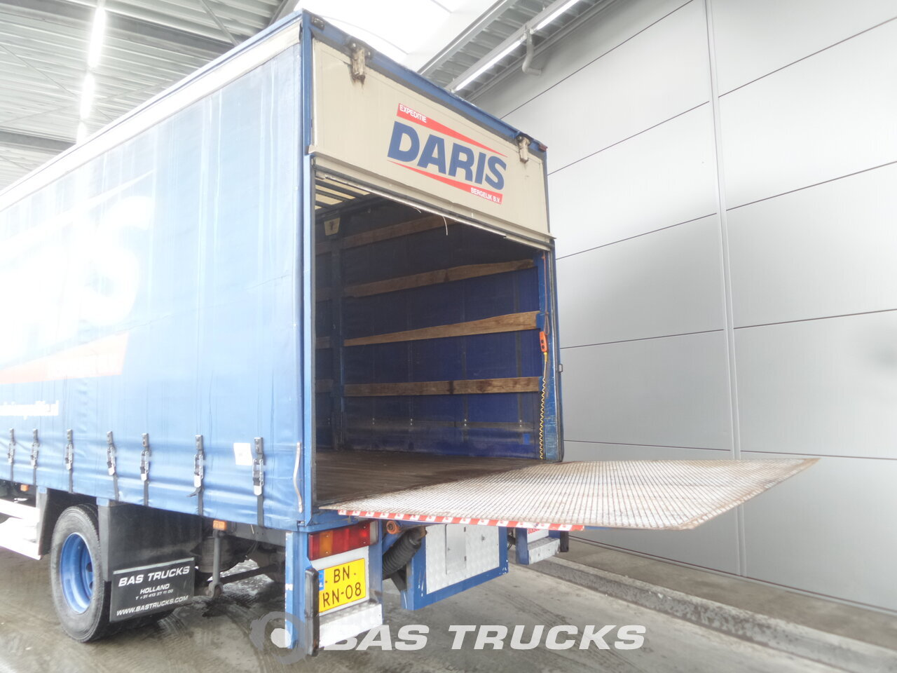 photo de Occasion Camion DAF CF65.220 4X2 2003