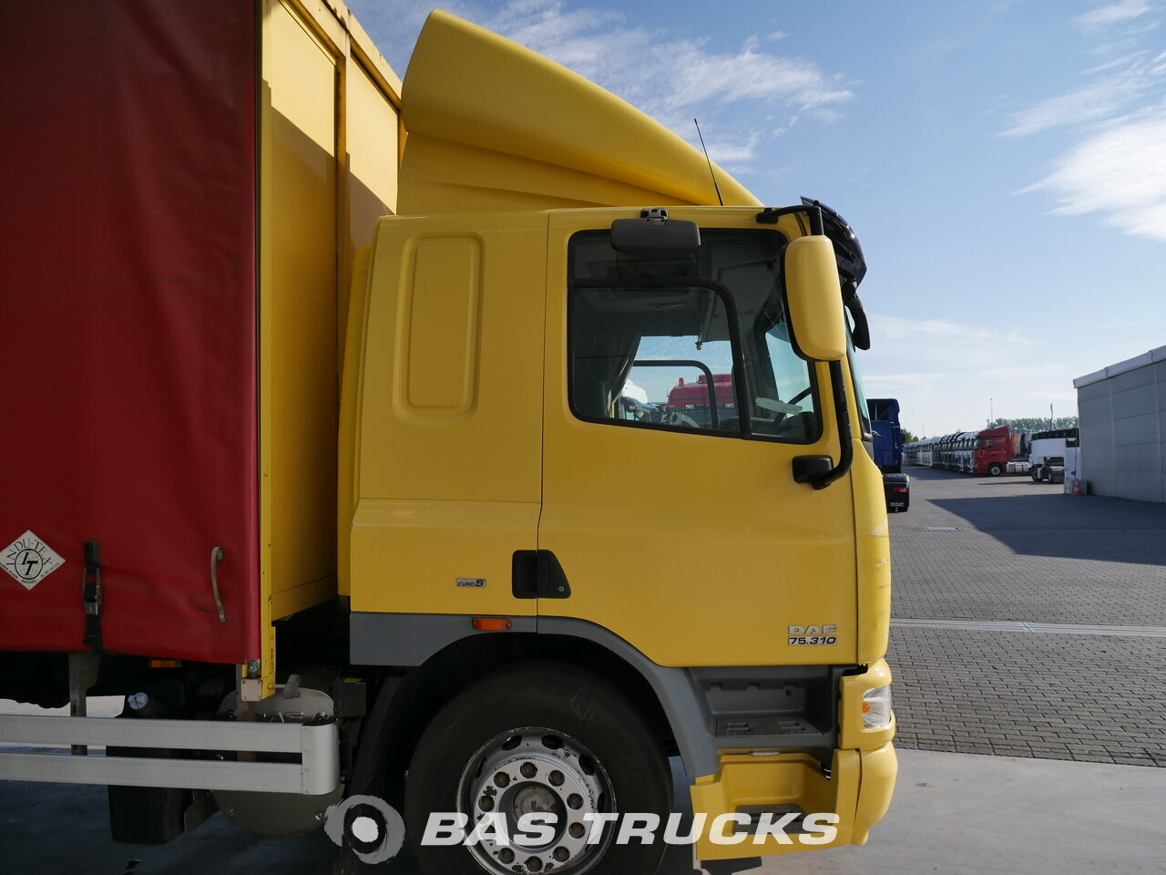 photo de Occasion Camion DAF CF75.310 Unfall 4X2 2009
