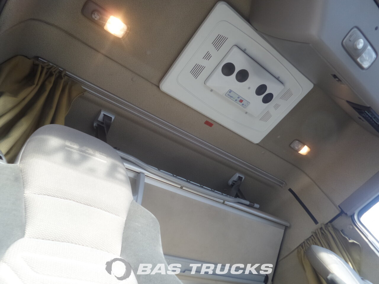 photo de Occasion Camion DAF XF105.410 6X2 2011
