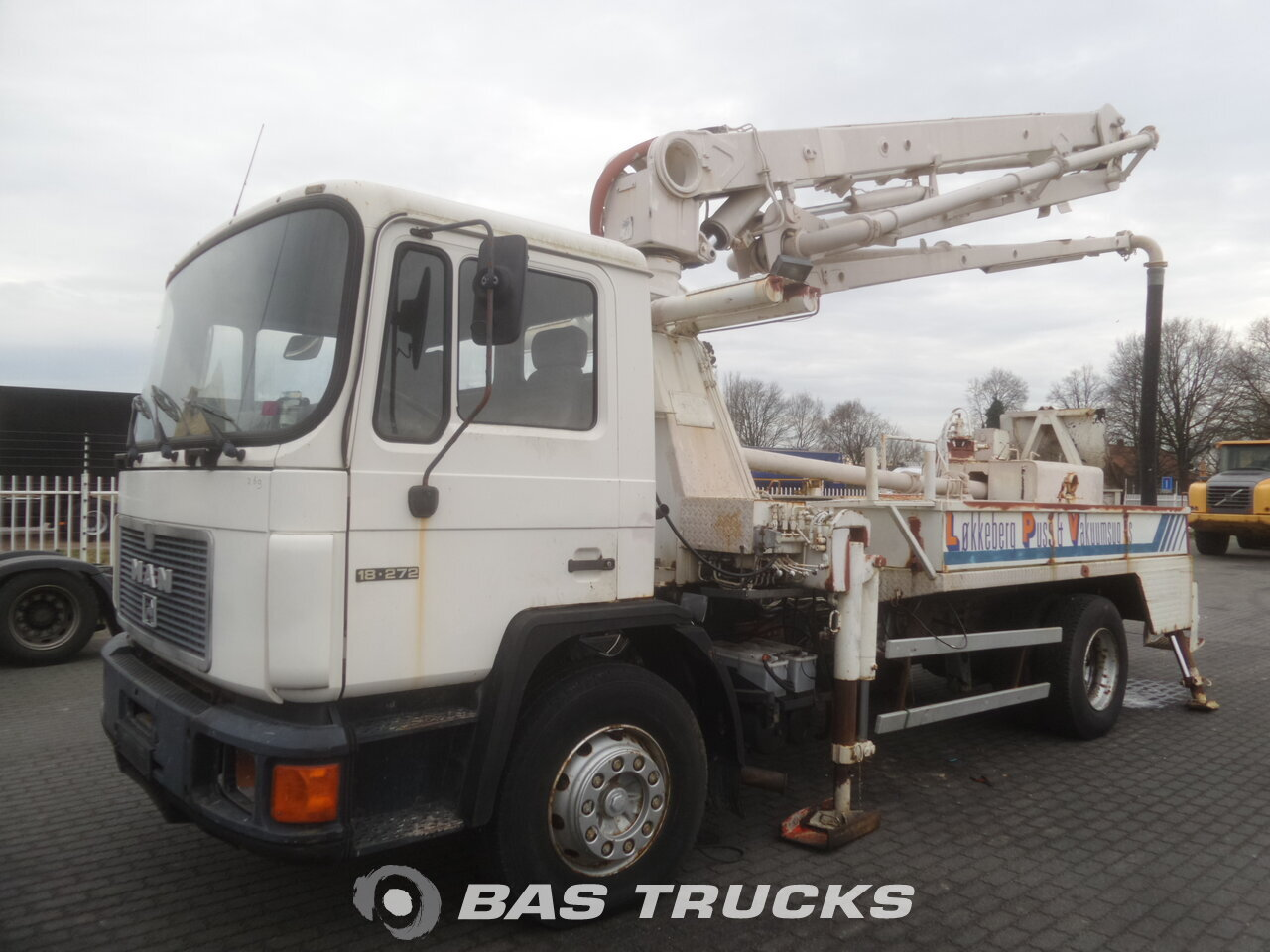 photo de Occasion Camion MAN 18.272 4X2 1998