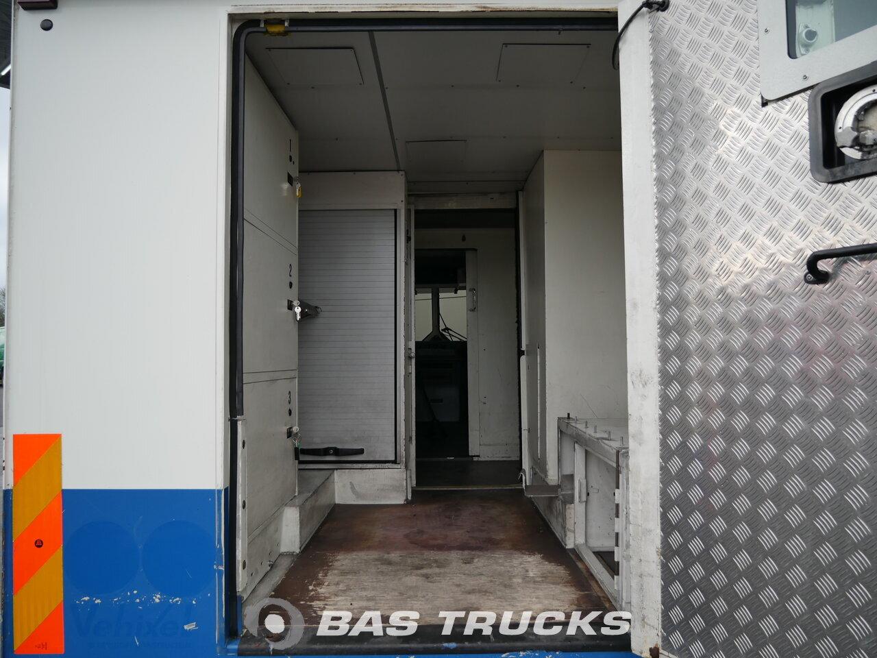 photo de Occasion Camion Mercedes 815D Vario 4X2 2006
