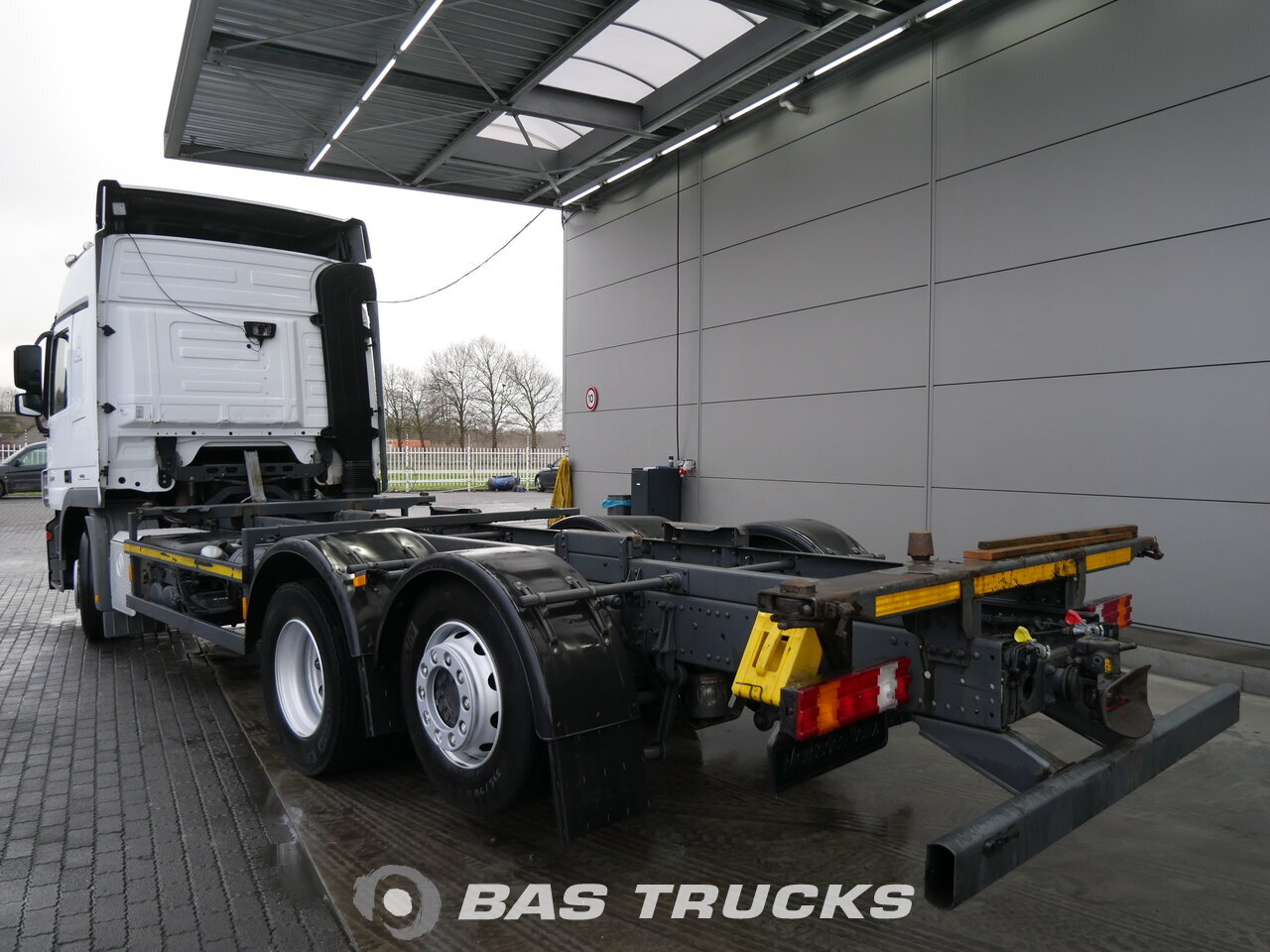 photo de Occasion Camion Mercedes Actros 2541 LS 6X2 2011