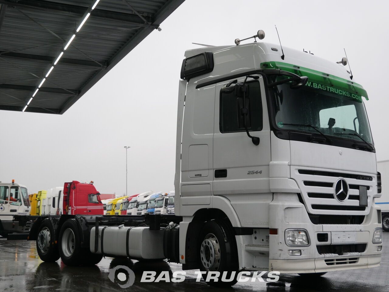 photo de Occasion Camion Mercedes Actros 2544 L 6X2 2008