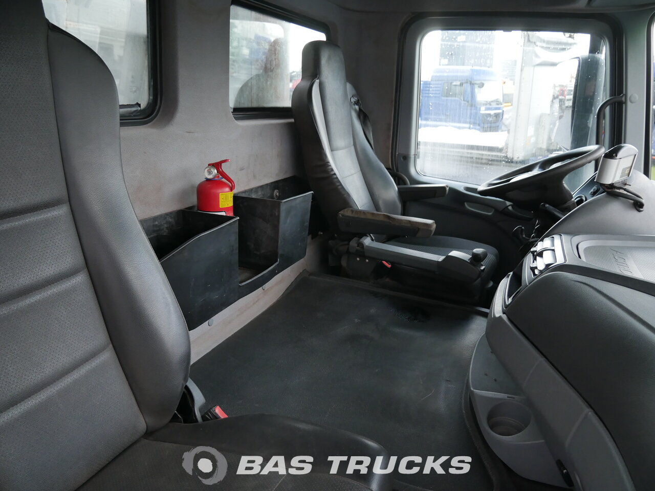 photo de Occasion Camion Mercedes Actros 4844 K 8X4 2009
