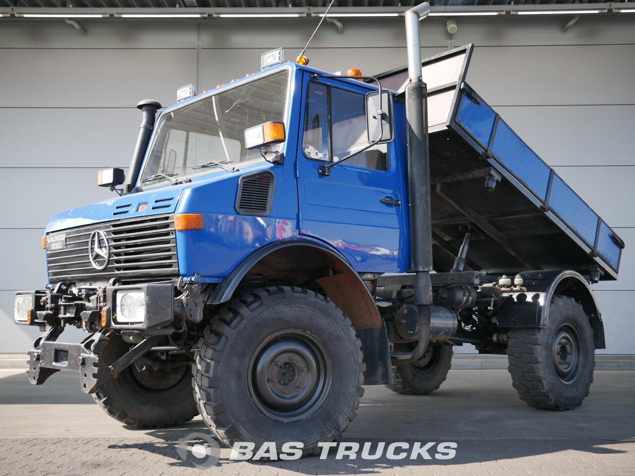 Mercedes Unimog U1250 1986 Camion Benne Bas Trucks