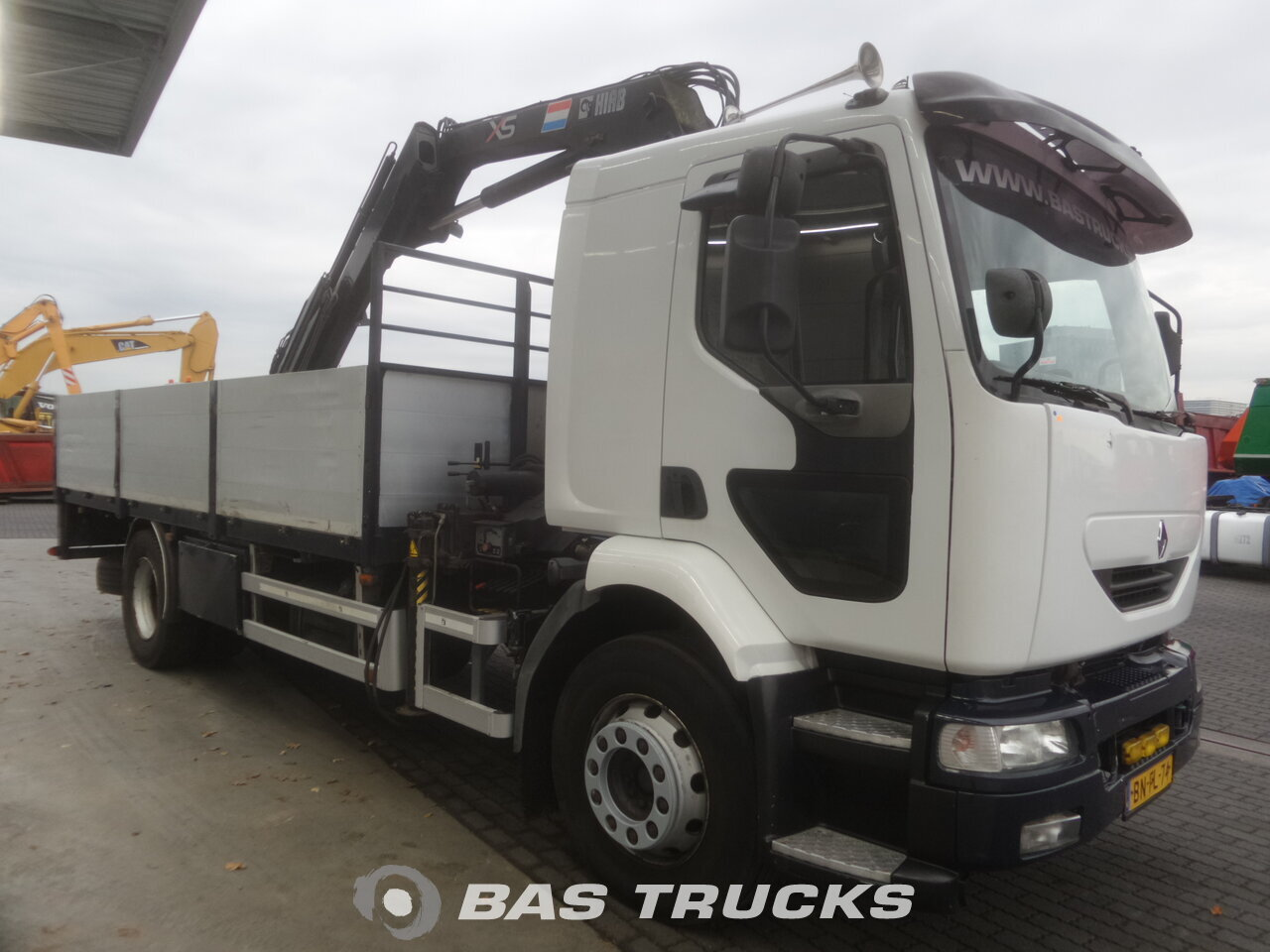 photo de Occasion Camion Renault Midlum 220 4X2 2002