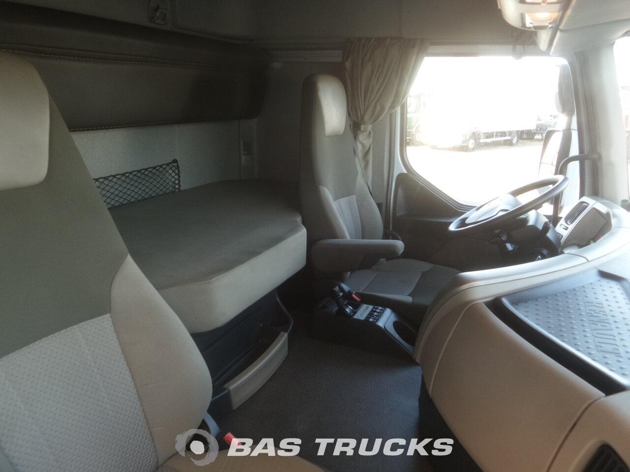 photo de Occasion Camion Renault Premium 460 6X2 2012