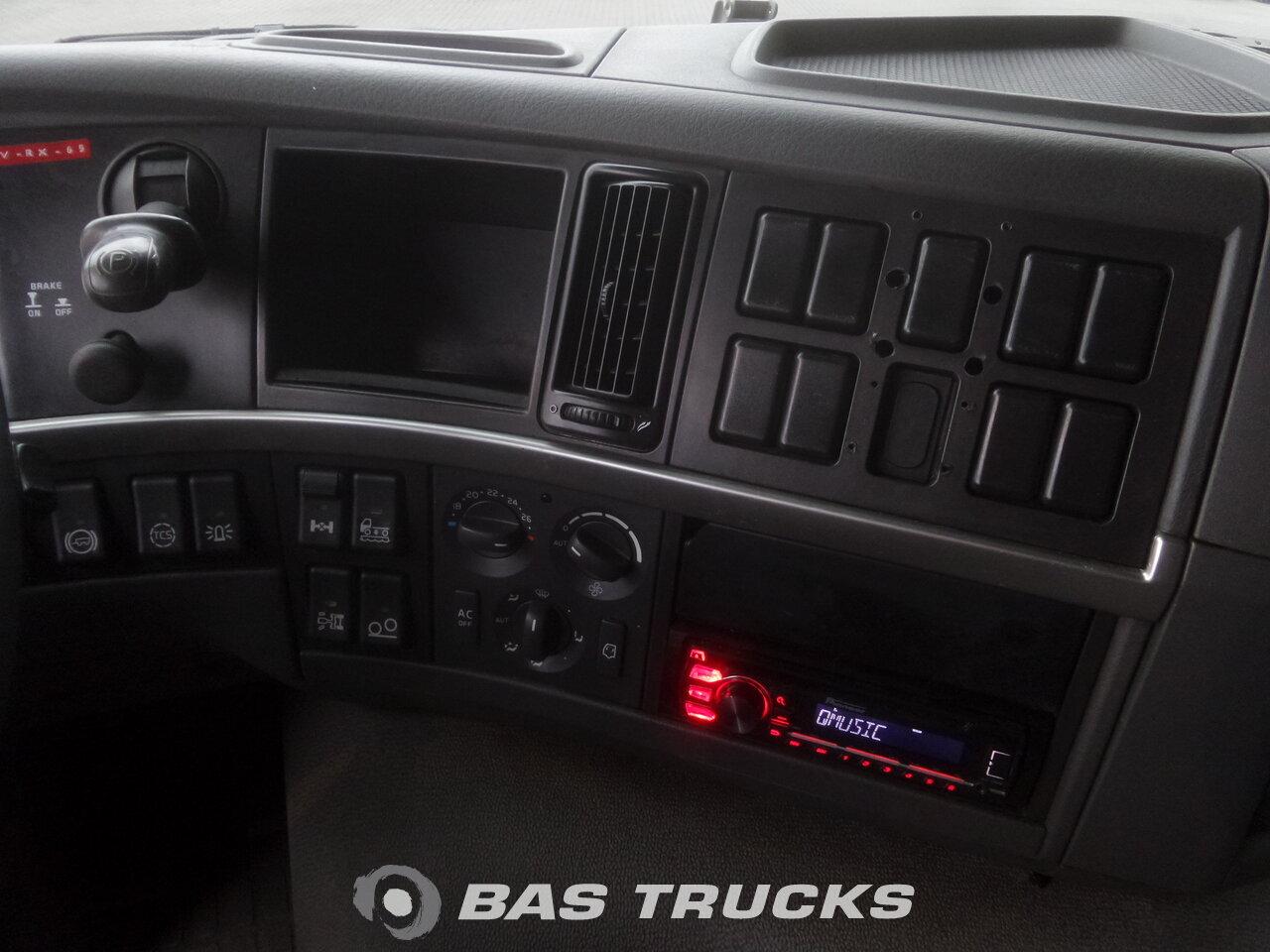 photo de Occasion Camion Volvo FM 400 6X2 2009