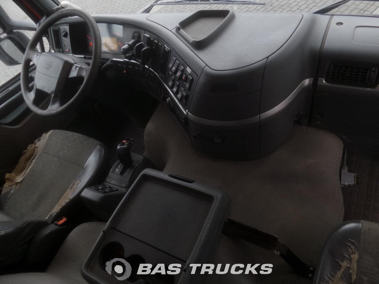 photo de Occasion Camion Volvo FM12 420 6X6 2003