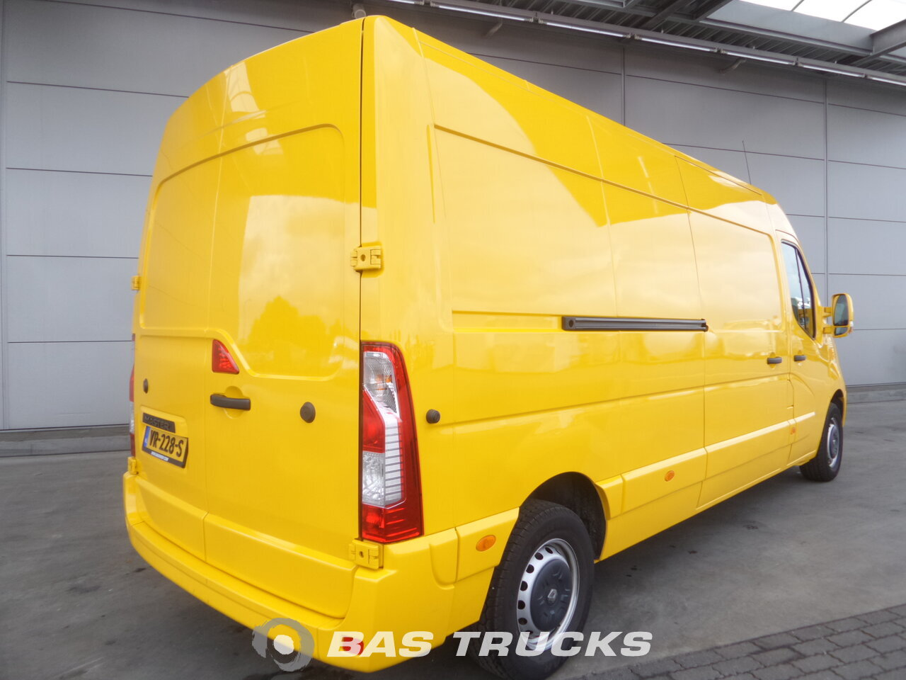 photo de Occasion LCV Renault Master 165.35 L3H2 12m3 2015