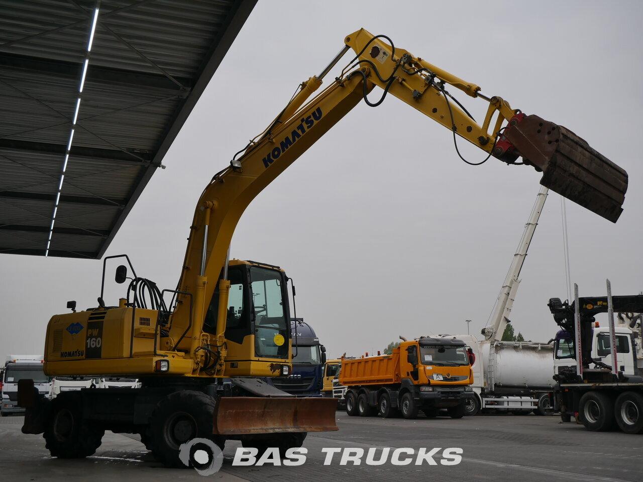 photo de Occasion Machine de construction Komatsu PW160 ES-7K Wheel Excavator 4X4 2004