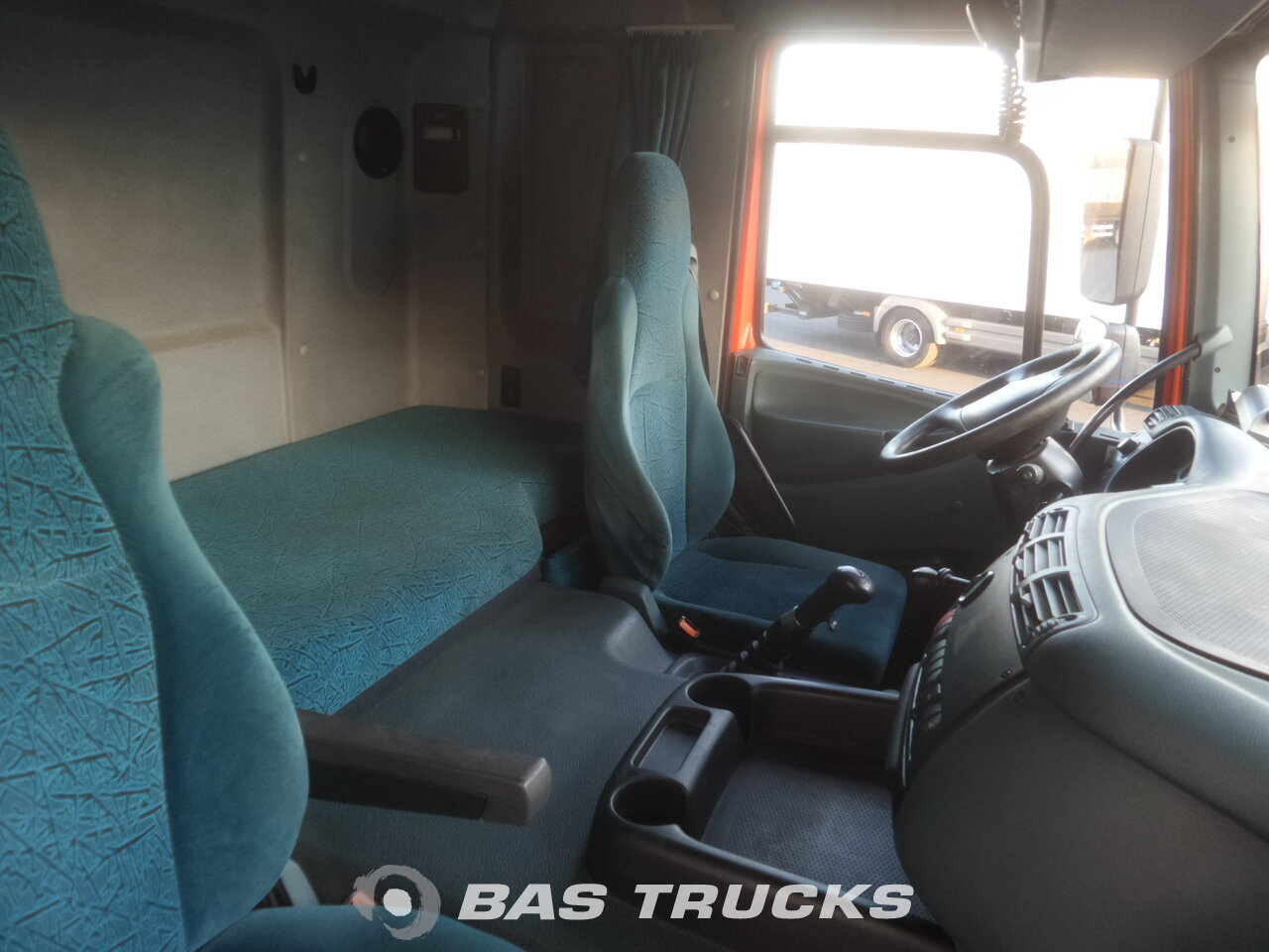 photo de Occasion Tracteur DAF CF85.430 6X2 2003