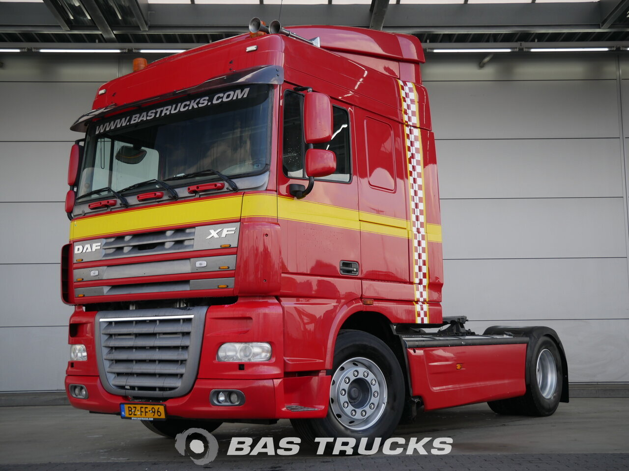 photo de Occasion Tracteur DAF XF105.410 4X2 2006