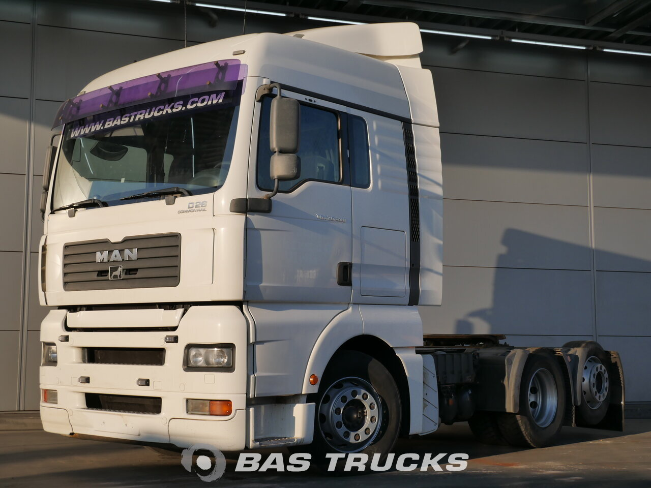 photo de Occasion Tracteur MAN TGA 26.480 XLX 6X2 2007