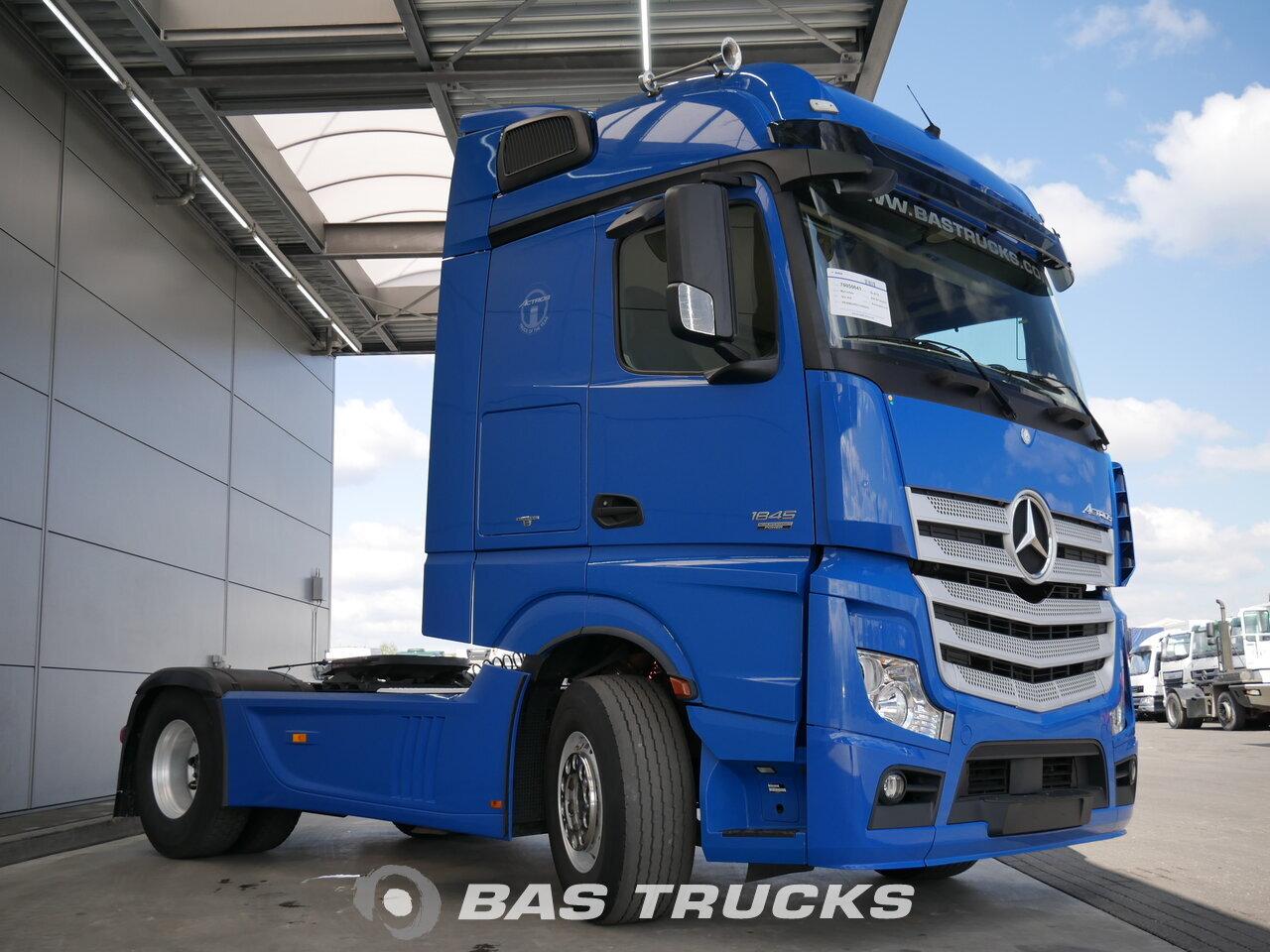 photo de Occasion Tracteur Mercedes 1845 LS 4X2 2012