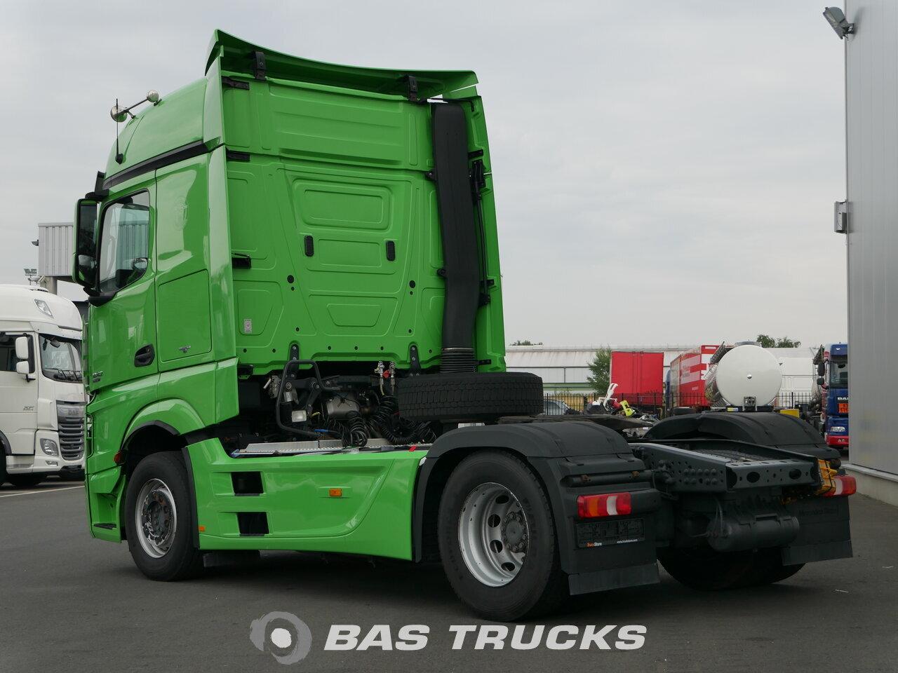photo de Occasion Tracteur Mercedes Actros 1842 LS Dortmund-DE 4X2 2012