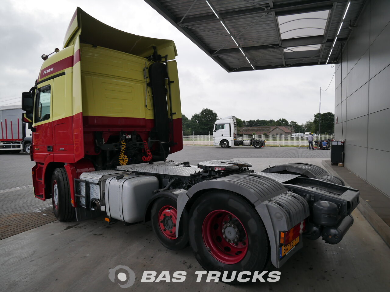 photo de Occasion Tracteur Mercedes Actros 2448 LS 6X2 2010