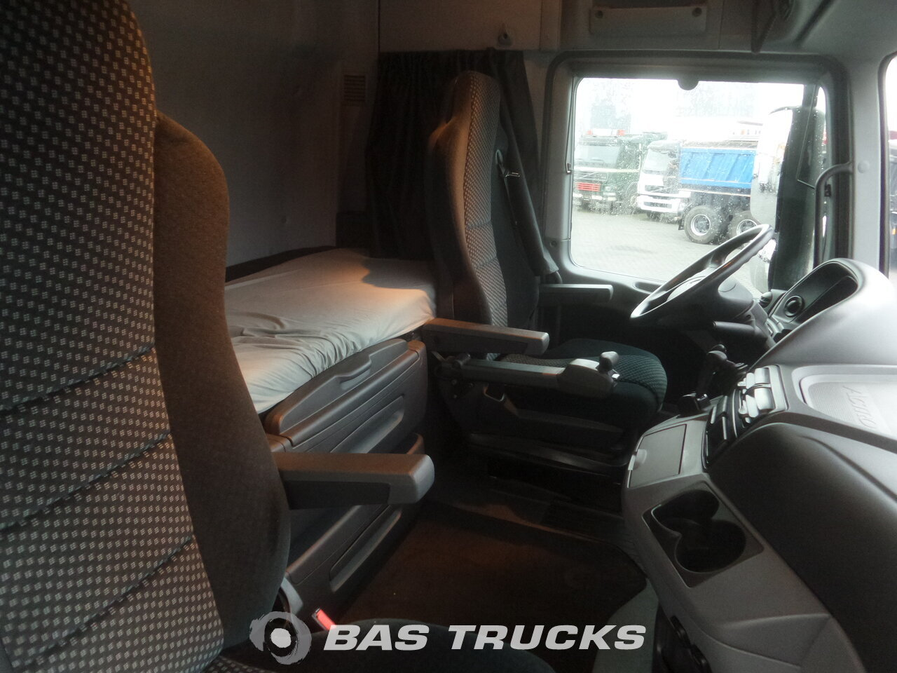 photo de Occasion Tracteur Mercedes Actros 2548 LS 6X2 2012