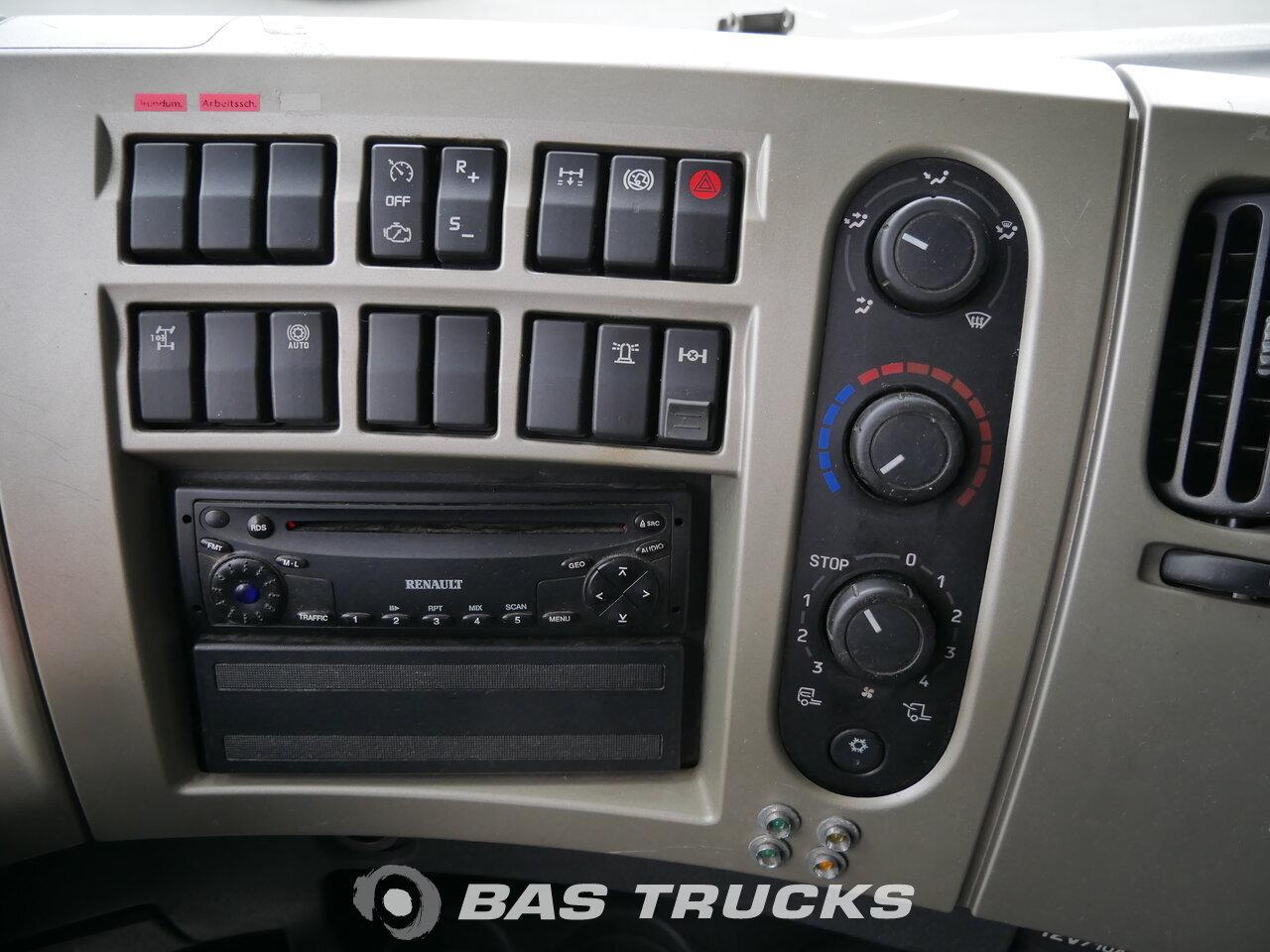 photo de Occasion Tracteur Renault Premium 410 4X2 2006