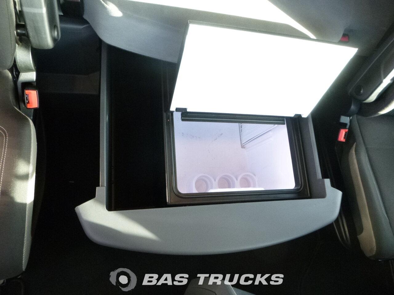 photo de Occasion Tracteur Renault T 520 Optibrake Dortmund-DE 4X2 2014