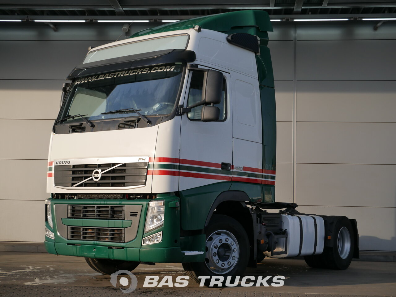 photo de Occasion Tracteur Volvo FH 420 4X2 2012