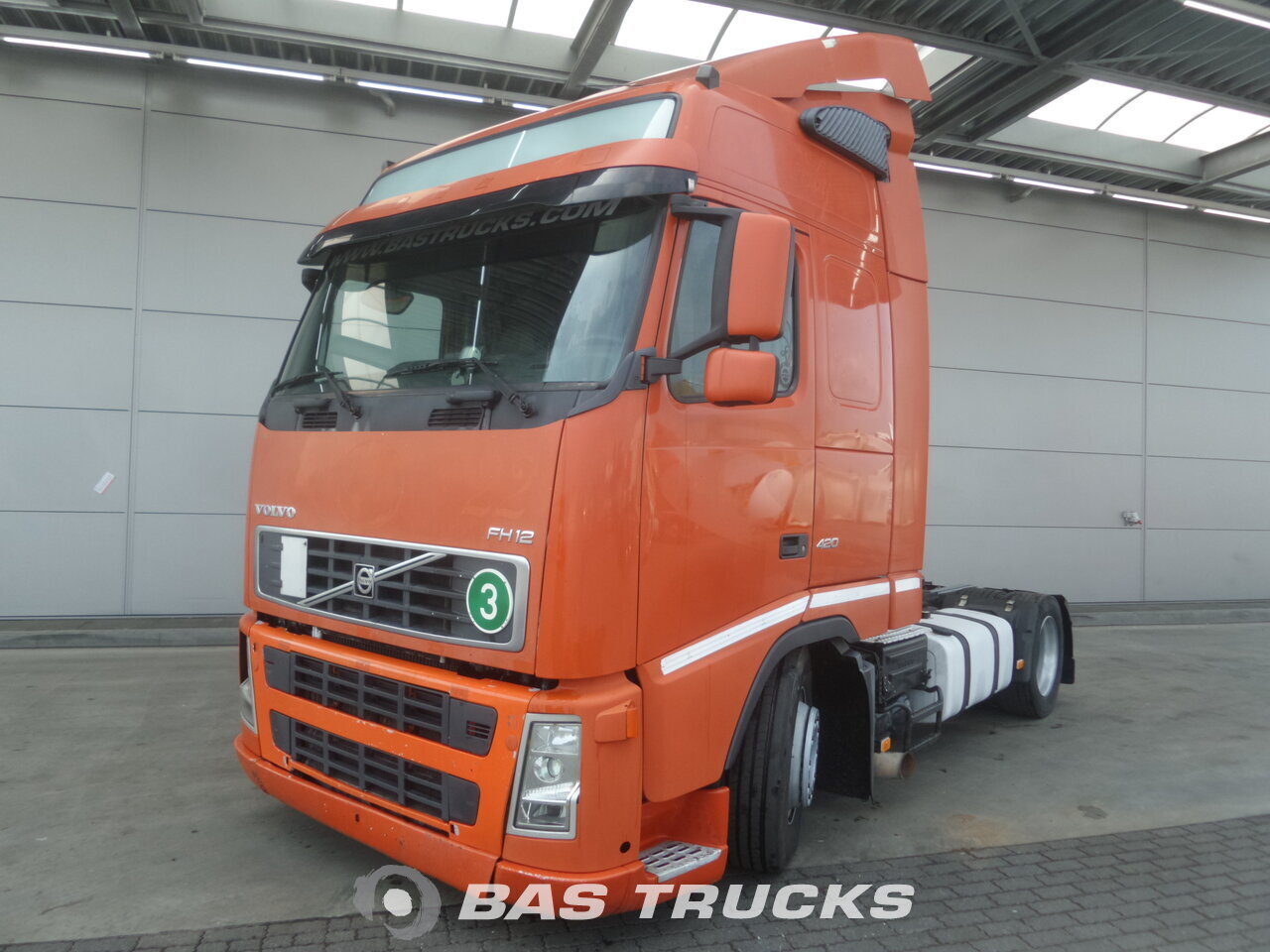 photo de Occasion Tracteur Volvo FH 440 4X2 2005