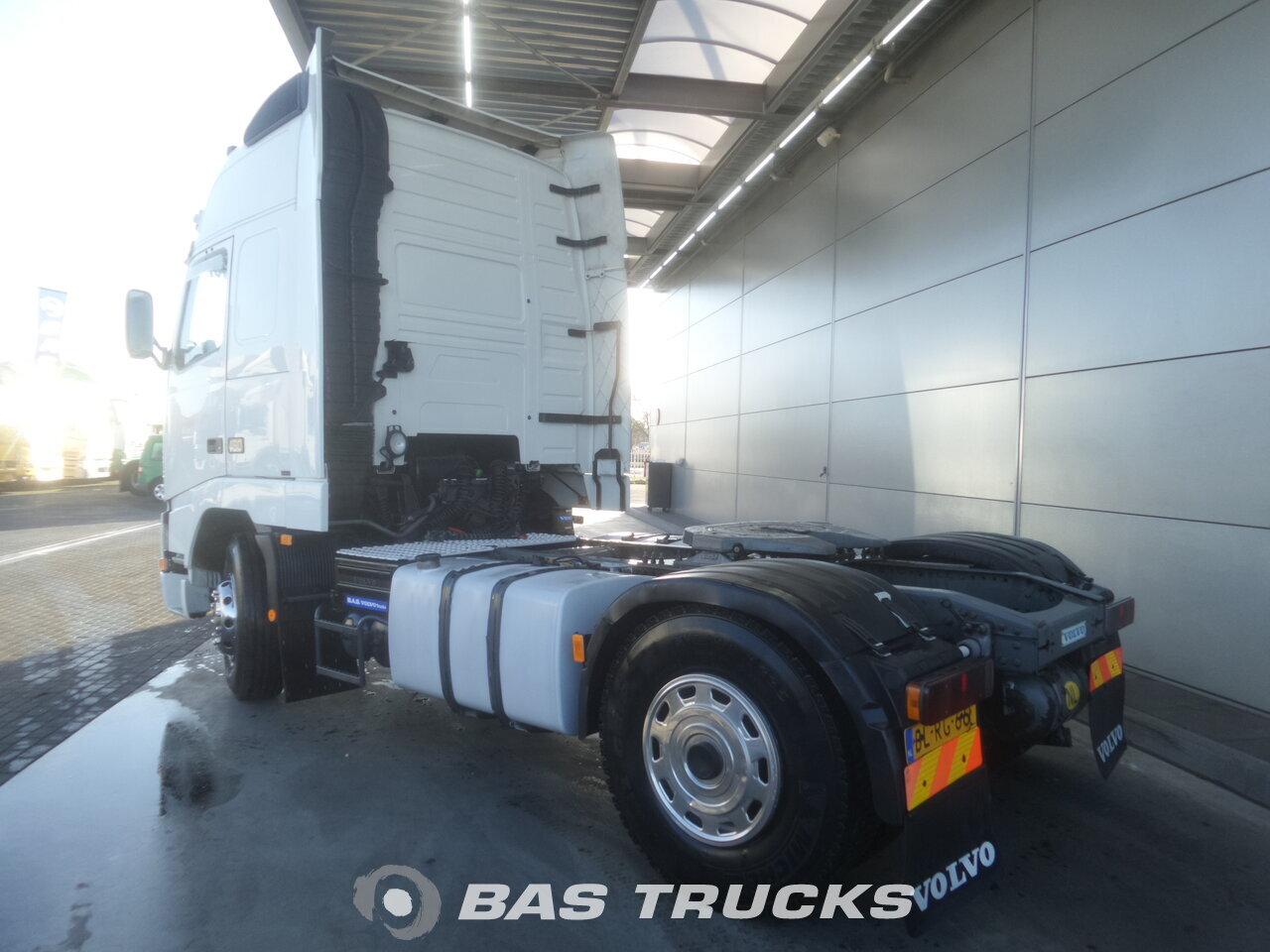 photo de Occasion Tracteur Volvo FH12 460 XL 4X2 2002