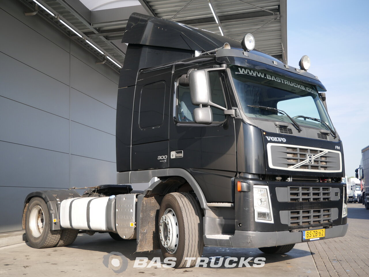 photo de Occasion Tracteur Volvo FM 300 4X2 2007