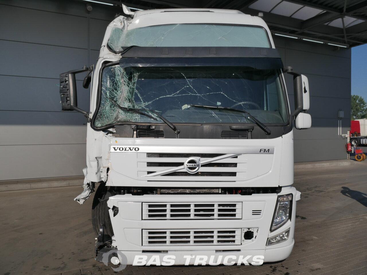 photo de Occasion Tracteur Volvo FM 450 Unfall 4X2 2012