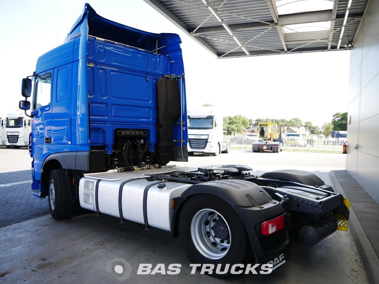 foto de Usado Cabeza tractora DAF  XF 440 4X2 2015